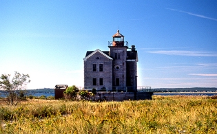 CEDAR_ISLAND_LIGHTHOUSE_150_500