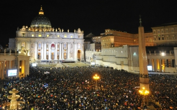 roma_piazza_san_pietro_nuovo_papa_getty_05-1