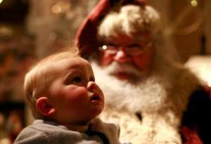 Henry-Adamucci-9-months-meets-Santa-Claus-for-the-first-time-on-Saturday-Dec.-19-2009-in-New-York.-AP-PhotoMike-Adamucci-960x657
