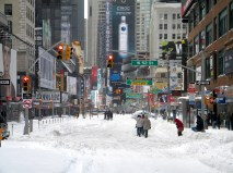 NYC-winter-storm-in-Times-Square