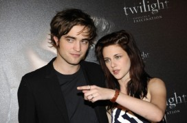 robert-pattinson-e-kristen-stewart-a-parigi