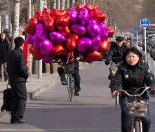 valentine-balloons_2138098i