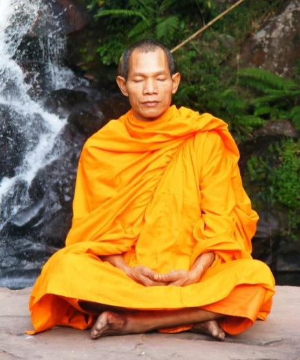 Abbot_of_Watkungtaphao_in_Phu_Soidao_Waterfall