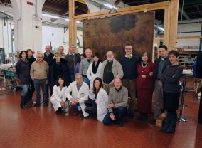 Group photo of the professors, restorers, art teachers, team Opificio