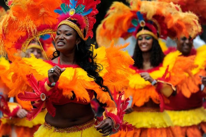 carnival-dancers