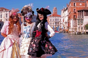 venice-carnival-2014-cosplayers-holiday
