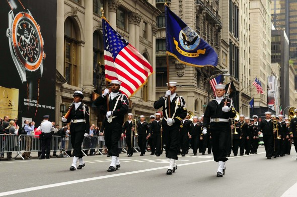 us_navy_081013-n-5758h-061_navy_operation_support_center_bronx_color_guard_leads_the_64th_annual_columbus_day_parade-ny